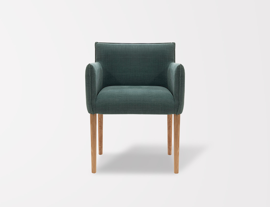 Aries Chair With Round Legs 5